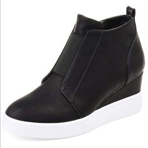 Athlefit wedge sneaker faux leather 8.5